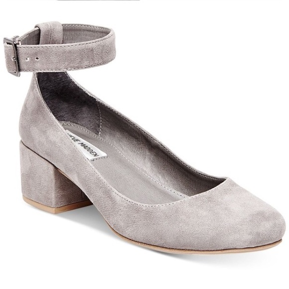 fc15b4a3702 STEVE MADDEN ~ wails gray suede leather block heel.  M 5a5676112ae12f9ed8018d48